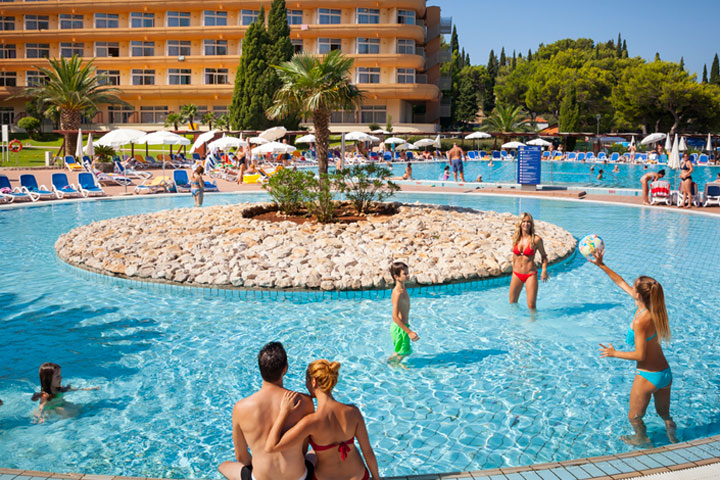 Holiday for the entire family on Dubrovnik riviera - All Inclusive