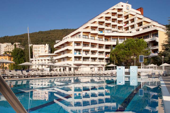 Last minute opatija cavtat i portoro remisens hoteli for Last minute design hotel