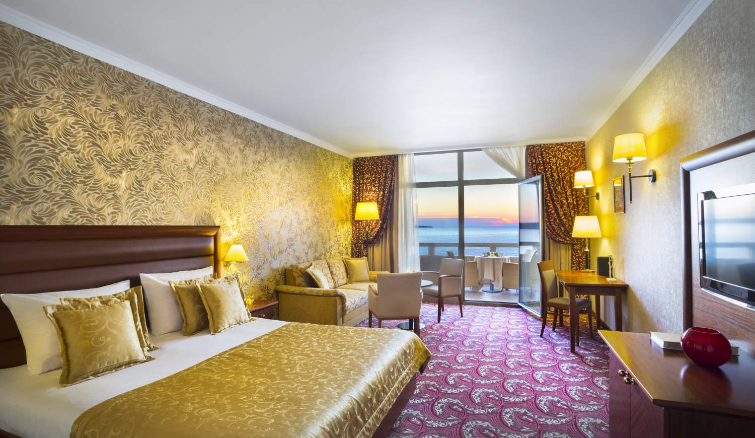 H Top Hotels amp Resorts Group  Cataluña Resorts